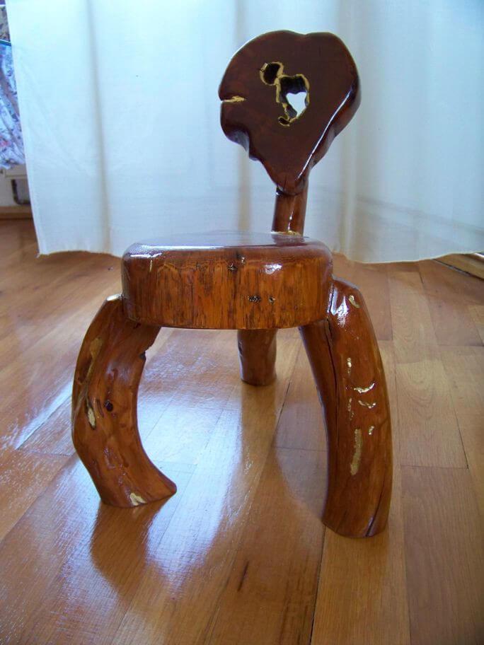 3 legged chair 2