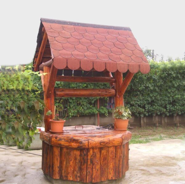 Wood fountain