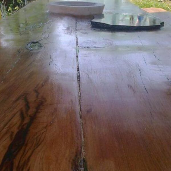 wooden table - detail